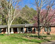 402 Dahlia Dr, Brentwood image