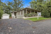 8822 Hawkins Ln, Chevy Chase image