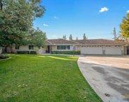 915 Vista Verde, Bakersfield image