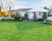 2932 Lindale St, Wantagh image