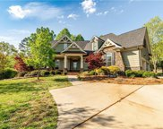 5715 Cotswold Court, Pfafftown image