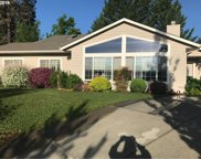 956 NW DONNA  DR, Grants Pass image