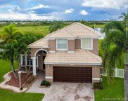 1490 Nw 144th Ave, Pembroke Pines image