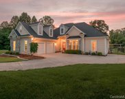 107 Bluegrass  Circle, Mooresville image