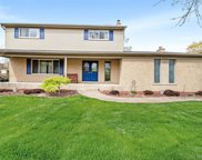 53579 Starlite Dr, Shelby Twp image