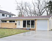 1013 Whitfield Road, Northbrook image