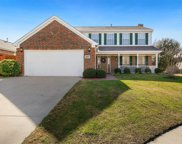 5404 Crater Lake Drive, Fort Worth image