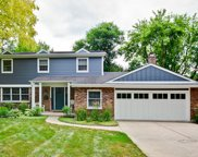 716 South Dymond Road, Libertyville image