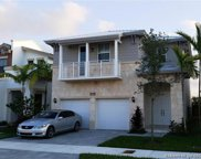 10420 Nw 69 Terr, Doral image