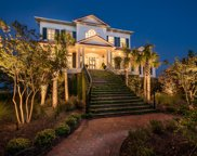704 Lands Pointe, Morehead City image