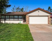 411 S Oakey Drive, Mustang image