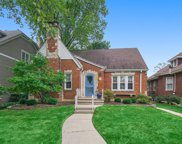 8 S Thurlow Street, Hinsdale image