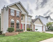 314 Jefferson Circle, Fenton image