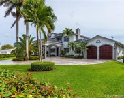 1022 Hunting Lodge Dr, Miami Springs image
