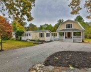432 Middle Road, Brentwood image
