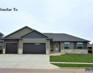 2805 S Moss Stone Ave, Sioux Falls image