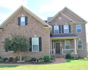 1068 Harvey Springs Dr, Spring Hill image