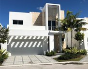 6735 Nw 103rd Ave, Doral image
