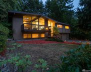 19748 40th Ct NE, Lake Forest Park image