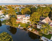 332 Pike Circle, Southeast Virginia Beach image