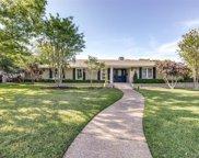 7423 Baxtershire Drive, Dallas image