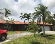 7400 Sw 66th Ave, South Miami image