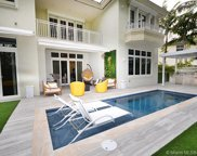 24 Grand Bay Estates Cir, Key Biscayne image