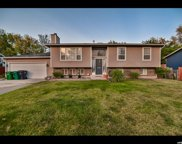 9233 S Laura Anne Way, Sandy image