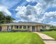 302 Forest Lake Drive, Seabrook image