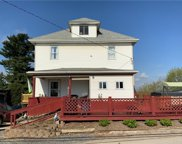 1009 Maple Ave, Donegal Twp - Wsh image