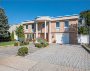 3153 Lee  Pl, Bellmore image
