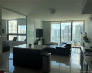 90 Sw 3rd St Unit #3903, Miami image