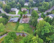 28 Woodhaven Drive, New City image