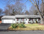 3 Joan  Drive, Enfield image