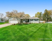 2915 Woodsboro Drive Ne, Grand Rapids image