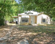 425 Athenia Drive, Fort Worth image