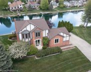 46828 Lakepointe Crt, Shelby Twp image