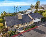 42   N STONINGTON Road, Laguna Beach image