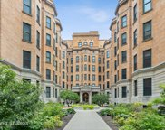 550 West Surf Street Unit 413, Chicago image