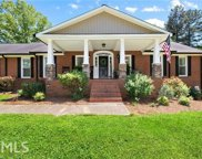147 Woodall Rd, White image