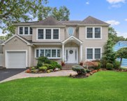 3530 Bunker Ave, Wantagh image