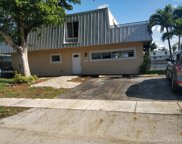 1371 Ne 40th Pl, Oakland Park image
