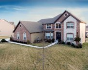 9917 Grandview Forest  Court, Sunset Hills image