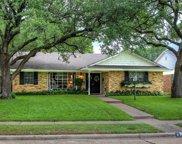 9105 Westglen Drive, Dallas image