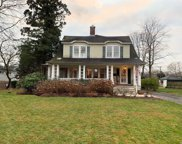 151 S Windsor Ave, Brightwaters image
