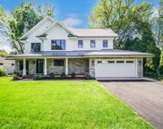 414 North Branch Road, Glenview image