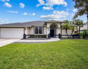 19529 Devonwood Cir, Fort Myers image