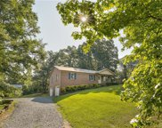 1138  Rainbow Circle, Catawba image
