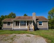 2626 S Mount Pleasant Rd, Greenbrier image