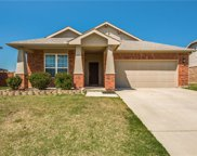 1625 Kawati Way, Krum image